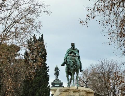 La obra de Benlliure en el Retiro: el general Martínez Campos y Alfonso XII