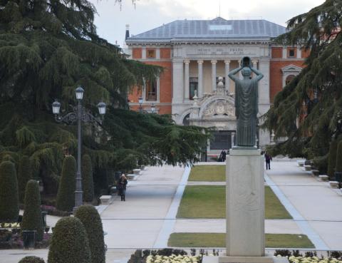 Monumento a Jacinto Benavente en el Retiro