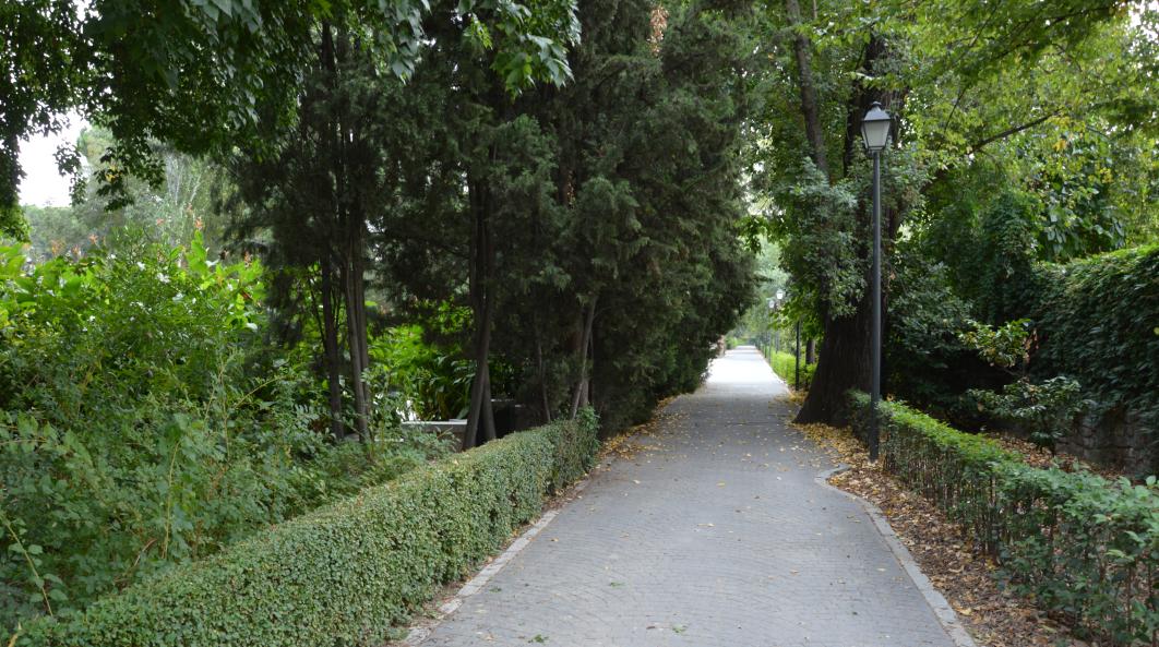 Jardines de Cecilio Rodríguez donde apareció el busto de Pablo Iglesias