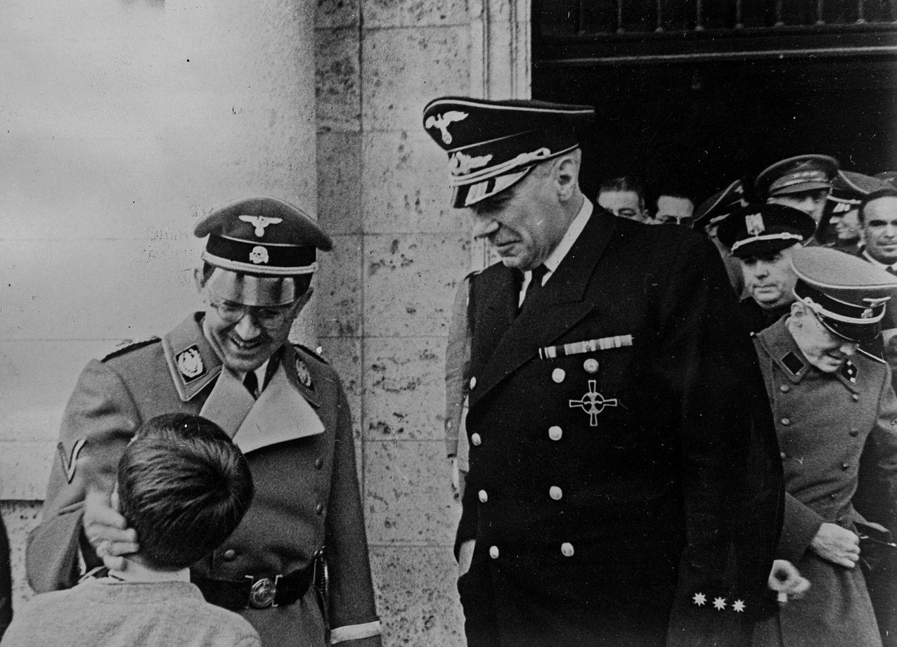 El embajador Von Stohrer con Himmler en su visita a España en 1940
