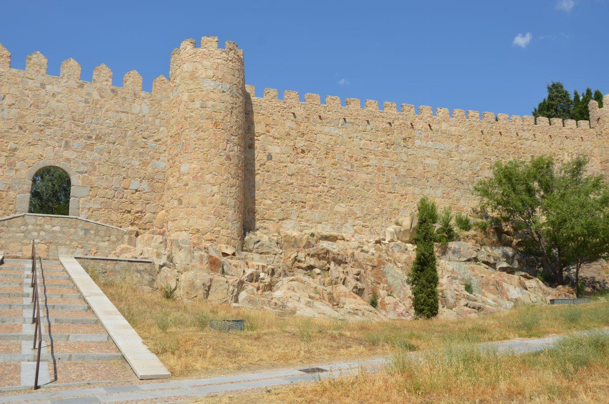 Puerta de Malaventura en las Murallas de Avila